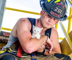 charleston-firefighters-with-puppies-calendar-17