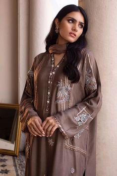 New Launch, Casual Suit, Pakistani Outfits, Indian Designer Wear, Punjabi Suits, Teacher Appreciation, Kurti, Sleeve Styles, Shirt Style