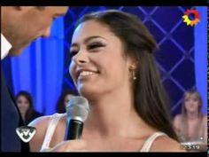 Larissa Riquelme besa a Marcelo Tinelli en Bailando - http://webjornal.com/8834/larissa-riquelme-besa-a-marcelo-tinelli-en-bailando/