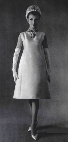 1960 Yves Saint Laurent 4 Dior