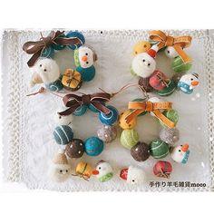 Pin on 手づくり Felt Christmas Decorations, Felt Christmas Ornaments, Christmas Crafts, Needle Felted Ornaments, Felted Wool Crafts, Cute Crafts, Felt Crafts, Diy And Crafts, Felt Wreath