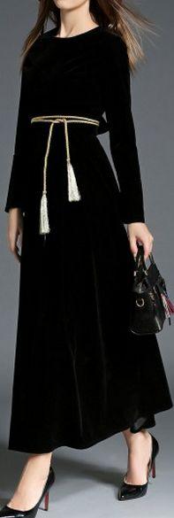 Black Elegant Round Neck Long Sleeve Evening Dress with Belt