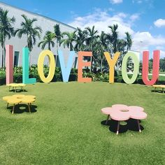 Childrens art museum. Young at Art in Davie, FL. I love you sign.