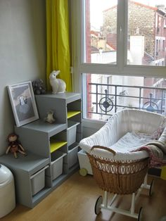 Le meuble trofast repeint en gris, bonne idée Ikea Kids, Baby Bedroom, Girls Bedroom, Bedroom Decor, Trofast Ikea, Alcove Storage, Deco Kids, Home Daycare, Kids Room Organization
