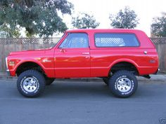 Chevy Blazer. Want one so bad!