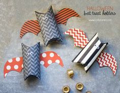 Cute Halloween bat treat holders made from toilet paper rolls | via lollyjane.com
