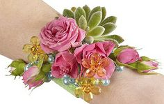 Classic Prom Corsage  — Oasis Design Team by Flower Factor, via Flickr