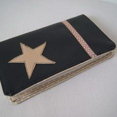 Porte chéquier / protège carnet de chèques en simili cuir noir et coton beige à pois blancs