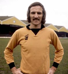 Soccer History: Death of Derek Dougan June - Alexander Derek Dougan was a Northern Ireland international footballer who played for Wolverhampton Wanderers. Dougan died at the age of 69 from a. British Football, Retro Football, Football Shirts, Northern Ireland Fc, Wolverhampton Wanderers Fc, Leicester City Fc, Bristol Rovers, Football Images, Vintage Jerseys