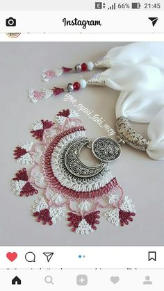 This Pin was discovered by nur Zardozi Embroidery, Scarf Jewelry, Needle Lace, Bare Foot Sandals, Diy And Crafts, Crochet Earrings, Jewels, Beads, Knitting