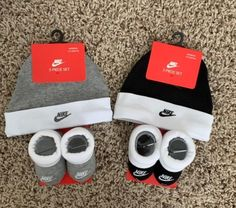 Carters Baby Clothes, Cute Baby Clothes, Newborn Baby Photos, Newborn Outfits, Cute Girl Outfits, Baby Boy Outfits, Baby Jordan Shoes, Avatar Babies, Luxury Baby Clothes