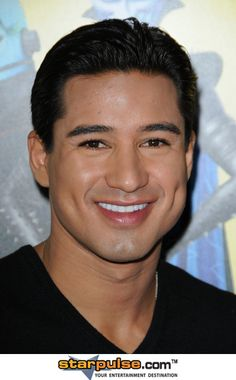 Mario Lopez - Look at those dimples . Beautiful Celebrities, Gorgeous Men, Beautiful People, Danny Pino, Dimples, Mario, Crushes, Handsome, Characters
