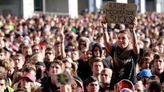Publikum vor der Centerstage #rar #rockamring
