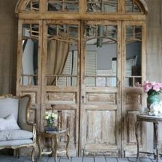 A stunning gallery of rustic, country inspired spaces. So romantic.
