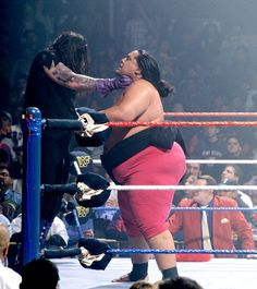 The Undertaker vs. Yokozuna