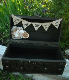 Western Trunk Card Holder - Burlap and Lace Wedding - Rustic Wedding Card Holder - Rustic Wedding Suitcase