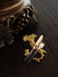 Order Collection - Brooch - 004