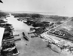 Oakland Estuary [picture] : from the air, 1919