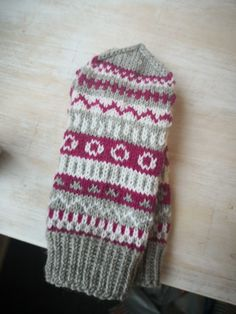 My Works, Winter Hats, Socks, Knitting, Crochet, Fingerless Gloves, Tricot, Stockings, Crochet Hooks