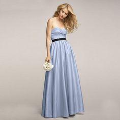 ブライズメイド・ルミネントタフタ・フロアレングスドレス(ブルック)ガーデンに映えるパープルのブライズメイドドレス。  #Bridesmaid #Dress #Purple #Wedding