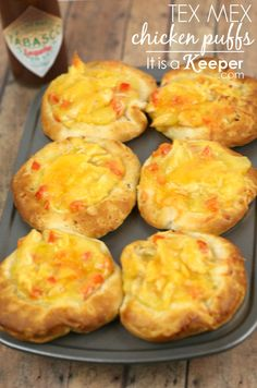 These Tex Mex Chicken Pot Pie Puffs are one of my favorite easy recipes.  If you are looking for easy chicken recipes, look no further!
