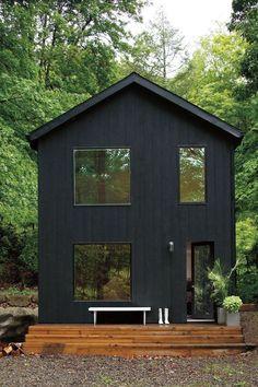 Benjamin Moore + black exterior paint + home + dream house + go dark Exterior Paint Colors, Exterior House Colors, Exterior Design, Exterior Stain, Paint Colours, Exterior Colonial, Black House Exterior, Small Modern House Exterior, Traditional Exterior