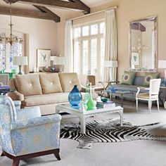 Glamour Style in a Comfortable And Inviting Tulsa Home