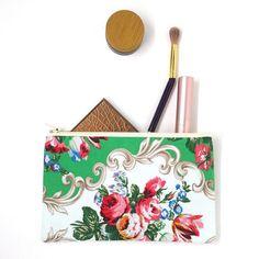 Cottage Chic Flower Bag Vintage Bag Travel Bag Small Makeup