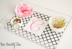 a diy lucite tray...oh man...i am gonna have one (and i think it might work for megan mcalpine as well!)