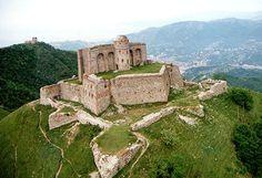 Genova, i forti Diamante, Sperone, Begato e Castellaccio