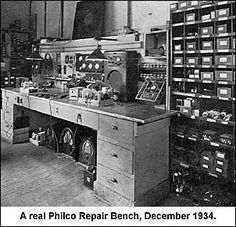 The Philco Repair Bench – Everything the antique radio collector and restorer needs Home Fix, Shop Layout, Teaching History, Vacuum Tube, Retro Futurism, Audio Equipment, Great Movies, Budapest, My Dream Home