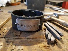 Henry on the table #rannekoru #nahkaa ja #alumiinia #finnishdesign # bracelet #leather #aluminum #uniquejewelry #doyouwant #anuek #kerava #imadeit