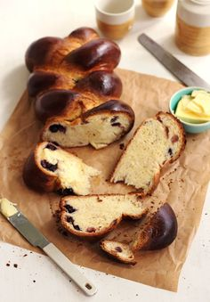 Blueberry Vanilla Bread/ The Sugar Hit Caramel Apple Dump Cake, Apple Dump Cakes, Sourdough Recipes, Bread Recipes, Buttermilk Bread, Babka Recipe, Breakfast Dessert, Bread Rolls, Dessert Recipes