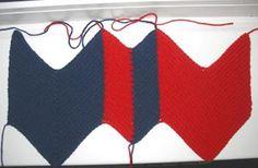Djævlehue i ny udgave Baby Patterns, Knitting Patterns Free, Baby Knitting, Free Pattern, Crochet For Kids, Crochet Baby, Baby Barn, Knit Baby Dress, Crazy Hats