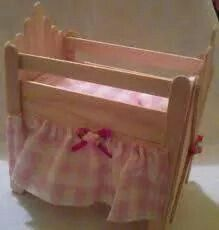 . Barbie Furniture, Dollhouse Furniture, Furniture Ideas, Diy Dollhouse, Dollhouse Miniatures, Diy Hamster Toys, Diy And Crafts, Crafts For Kids, Doll Home