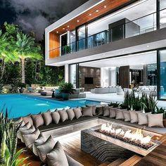 I The Best Interior & Exterior Design Experiences For YOU. Dream House Interior, Luxury Homes Dream Houses, Dream Home Design, Modern House Design, Modern Mansion Interior, Loft Design, Design Case, Modern Architecture House, Modern Houses