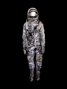 "John Glenn's pressure suit worn on Mercury ""Friendship 7"" orbital flight on February 20, 1962."