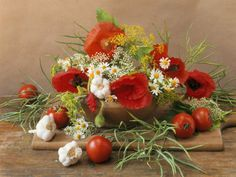 vegetable+arrangements+Christmas+tree | beautiful bouquet mixing flowers, vegetables and herbs.