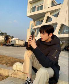 Suho, Cha Eunwoo Astro, Lee Dong Min, Korean Drama Best, K Wallpaper, Cute Asian Guys, Handsome Korean Actors, Kdrama Actors, Korean Celebrities