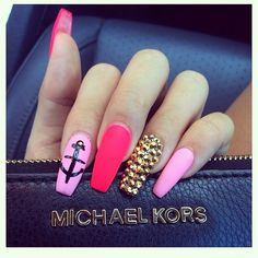 I love this picture only because of the shade of the pink on the middle finger...