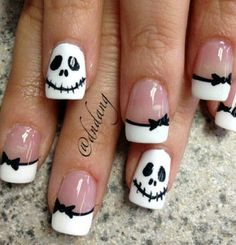 black white skellington french halloween nails latest nail art designs gallerynail designs for short nails easy kiss nail stickers nail art stickers how to apply best nail polish strips 2019 Diy Halloween Nails, Halloween Nail Designs, Halloween Skull, Pretty Halloween, Halloween Ideas, Halloween Crafts, Halloween Makeup, Halloween Jack, Halloween Decorations