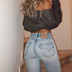 Swans Style is the top online fashion store for women. Shop sexy club dresses, jeans, shoes, bodysuits, skirts and more. Levis Jeans, Levis High Waisted Jeans, Denim, High Waist Jeans, Beste Jeans, Chica Cool, Mode Boho, Girls Jeans, Women Wear
