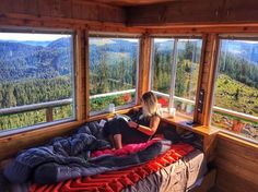 Here are some of the most popular fire lookouts available in Oregon, which are avaiable for public rental during prime summer and fall vacation season: