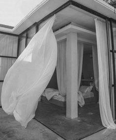 Modern Interior Design, Interior Architecture, Interior And Exterior, Tranquil Bedroom, Hippie Stil, Backyard Plan, Dream Apartment, Minimalist Bedroom, Home And Living