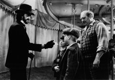 Still of Jonathan Pryce, Shawn Carson, Bruce M. Fischer and Vidal Peterson in Something Wicked This Way Comes