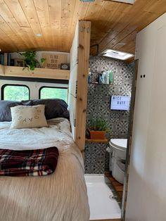 Bus Living, Tiny House Living, Slow Living, Converted School Bus, Converted Vans, School Bus Tiny House, Bus House, Van Conversion Interior, House Essentials
