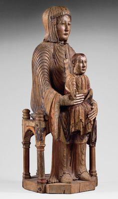 virgin  child in majesty 1150 made ofauvergne oak