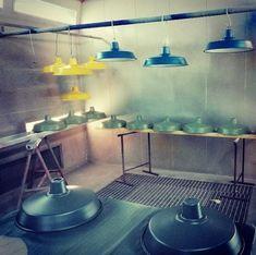 suspension fabrication Lustre Design, Style Loft, Suspension Design, Luminaire Design, Architecture, Industrial Shop, Vintage Kitchen, Blue, Architecture Illustrations