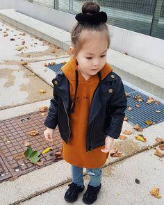 🍁🍂💛 Raincoat, Jackets, Fashion, Rain Jacket, Down Jackets, Moda, La Mode, Jacket, Fasion