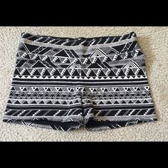 VS PINK Aztec Shorts Size Small Victoria's Secret Pink shorts size small. Excellent pre-owned condition. PINK Victoria's Secret Shorts